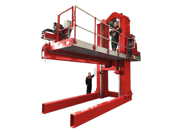Seam Welder elevating with platform