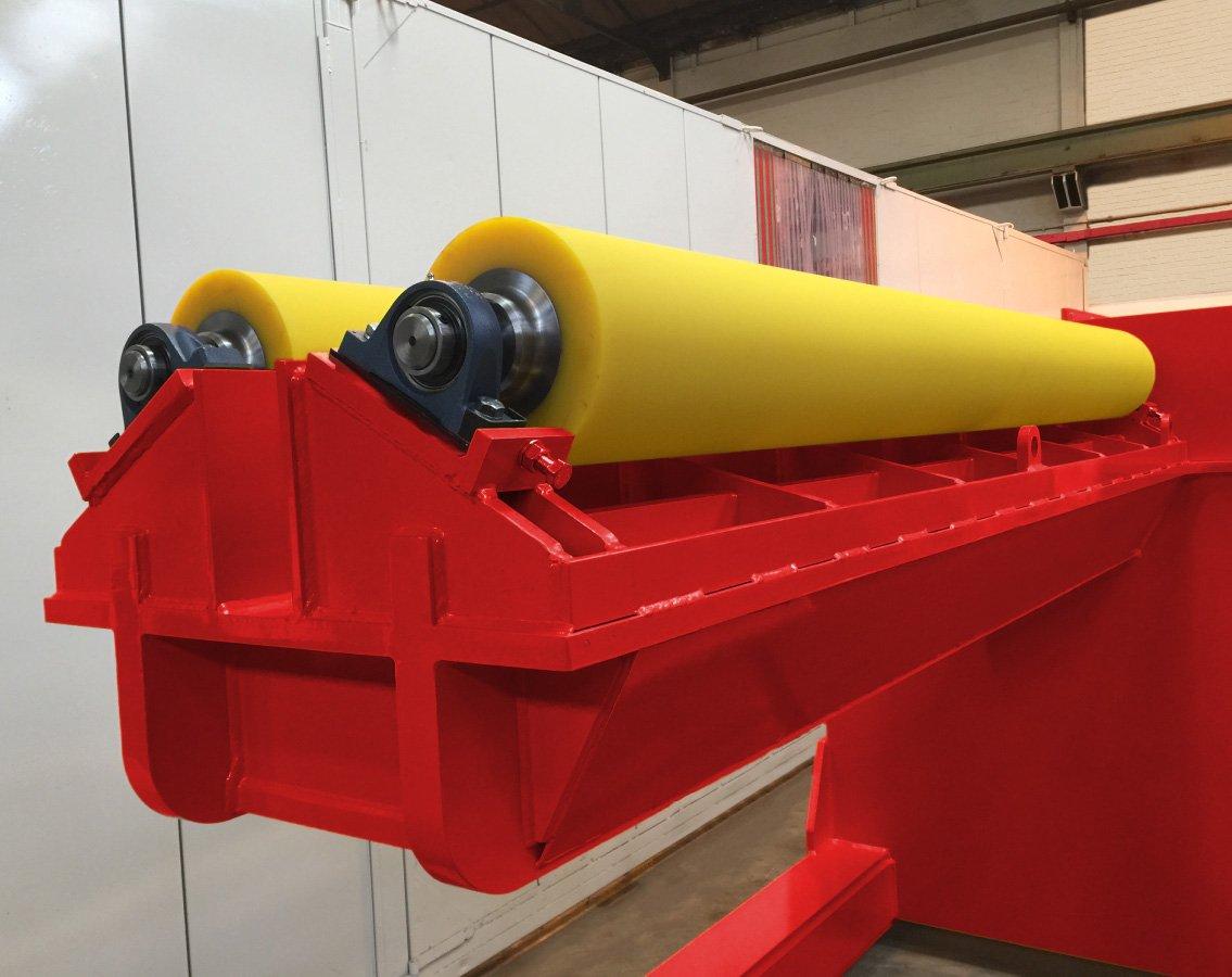 Polyurethane rollers for internal rotator machine